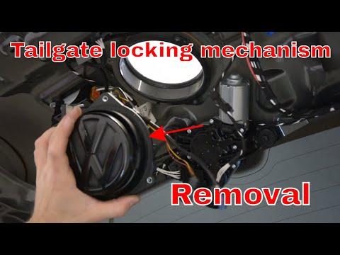 VW Golf Mk6 Tailgate locking mechanism removal