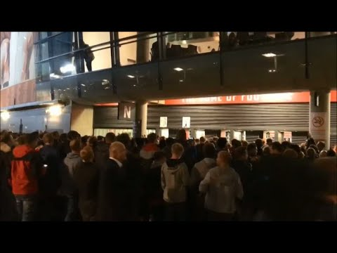 Kaosscener utanför Emirates inför Arsenals match - TV4 Sport