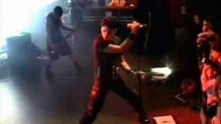 Смотреть клип Gary Numan - Innocence Bleeding