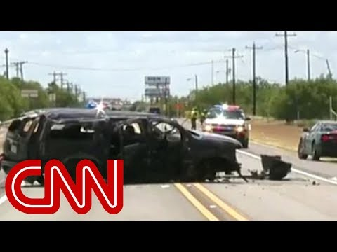 SUV fleeing border control crashes in Texas, killing 5