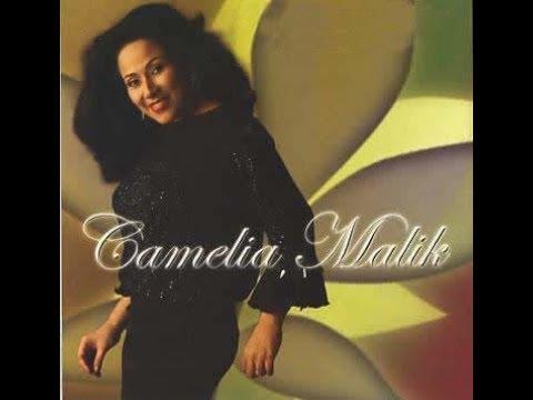 Camelia Malik ft Reynold Panggabean - BUNGA & KUMBANG