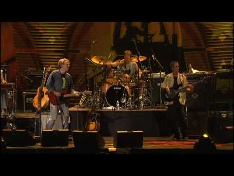 Kenny Chesney - She Thinks My Tractor's Sexy (Live at Farm Aid 2005)
