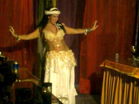 danza arabe carol