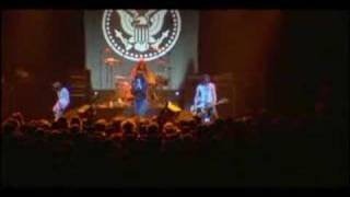Ramones Listen To My Heart  It´s Alive 1977