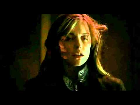 Mia Kirshner as Mandy in 24 Season 1