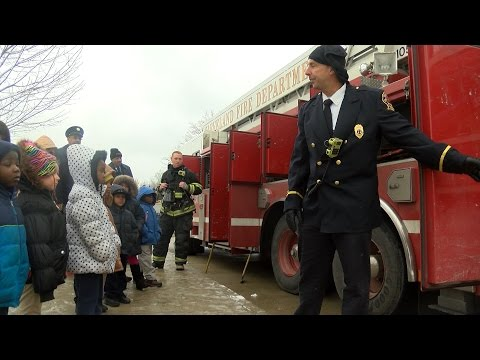 Cleveland Fire Department helps students learn about Collinwood school tragedy