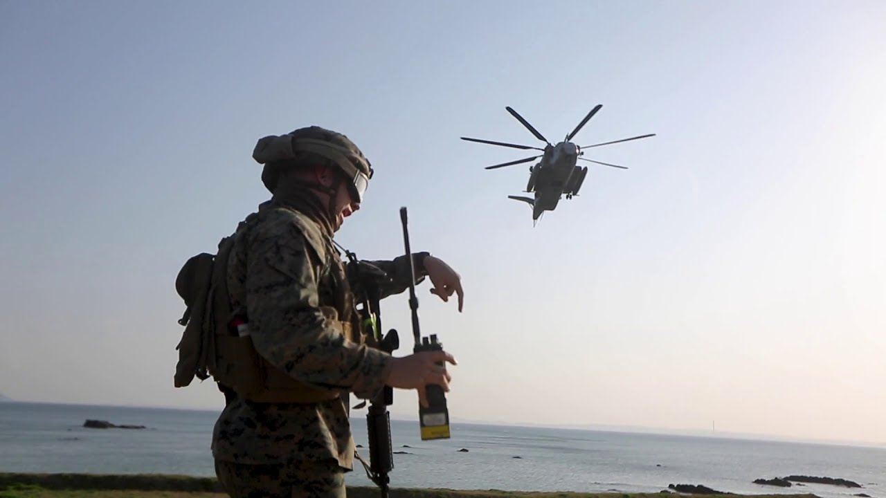 US Military News • U.S. Marines – Heavy Helicopter Aerial Lift • Okinawa, Japan, Feb. 24, 2021
