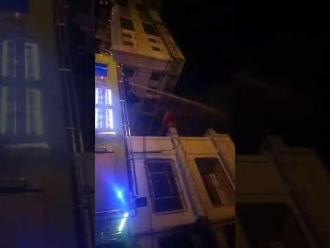 Kebakaran ruko di depan gedung pajak horas.  Pematang siantar
