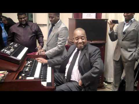 MOSES TYSON & REGGIE STRONG AT THE HAMMOND BOOTH - 104th COGIC Holy Convocation