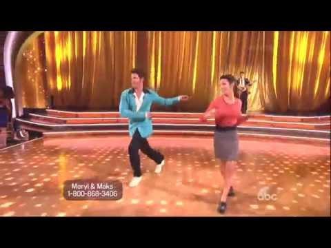 Maksim Chmerkovskiy & Meryl Davis dancing Jive on DWTS 5 12 14