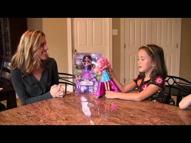 Barbie Princess & the Popstar Doll Travel Video