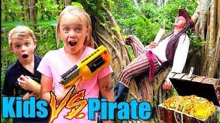 Kids vs Pirate Adventure! Search for Hidden Treasure!