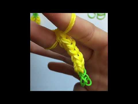How To Make The Pineapple Ring On Your Fingers Rainbow Loom!