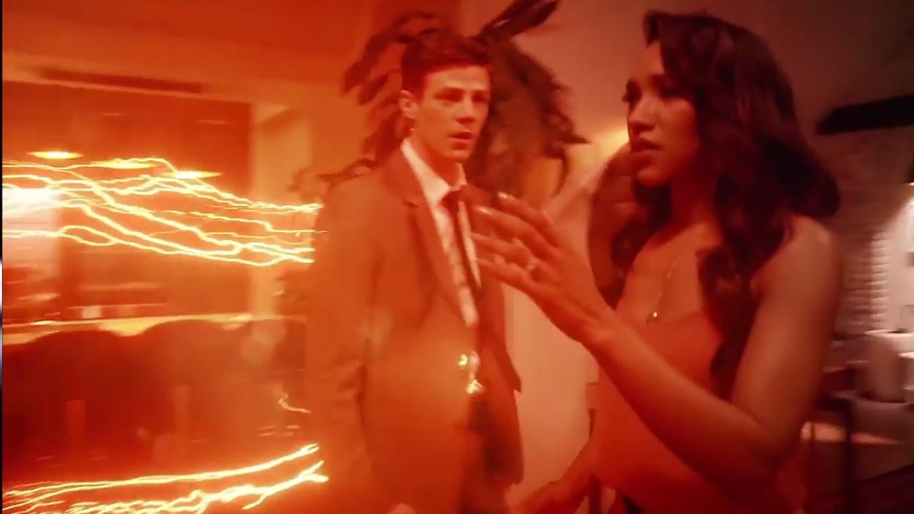 Download Barry Gets His Powers Back - The Flash 3x21