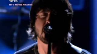 ♫ Foo Fighters - Best of You - Live @ MTV Movie Awards - 15-06-05 ♫