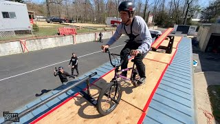 Crazy Rooftop BMX Obstacle Course!