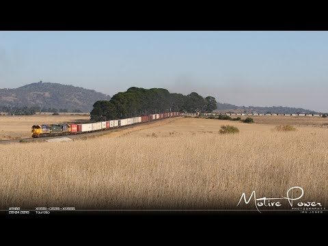 2018 04 20 - Pacific National mixed freight - #9102 - XR551 + G539 + XR555
