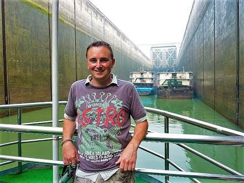 Our Trans Mongolian Railway & China trip Part 22 Three Gorges Dam June 12 until 14 - 2010 Vlog 300