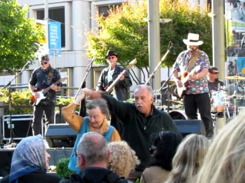 Blues on the streets - Union Square - San Francisco
