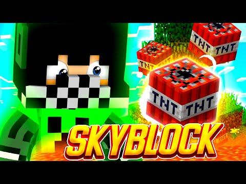 Видео: ГРИФАНУЛИ! АДМИН ЗАСПАВНИЛ ДРАКОНА на Кристаликс Скайблок ● Minecraft Cristalix SkyBlock NextGen