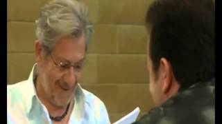 EXTRAS Bloopers: Sir Ian McKellen 'Never Have I Laughed Out Of Place'