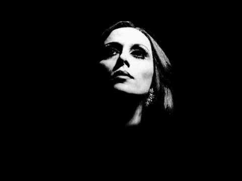 Fairuz فيروز = Fairuz - سمرا يا أم عيون وساع = Samra Y'am Ouyounou Wissa