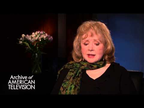 "Piper Laurie discusses the series ""Frasier"" - EMMYTVLEGENDS.ORG"