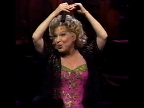 Bette Midler - The Lady Is A Tramp / Sophie Tucker (Live Divine Miss Millenium)