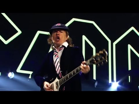 AC/DC - Rock Or Bust Tour Live in Greensboro - Full Show (Mu