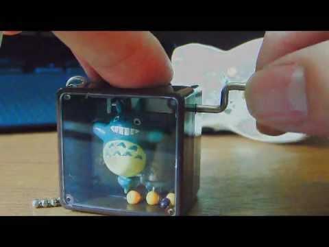 Studio Ghibli My Neigbhor Totoro Petite Music Box Ball Chain