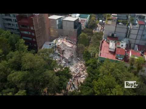 Terremoto in Messico, il palazzo sbriciolato ripreso dal drone
