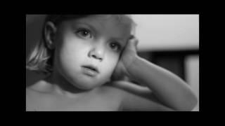 Vidéokid : ZAZ - La Fée(Vidéokid en noir et blanc sur