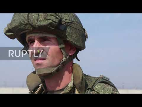 Syria: Russia and Turkey begin joint patrols of border area