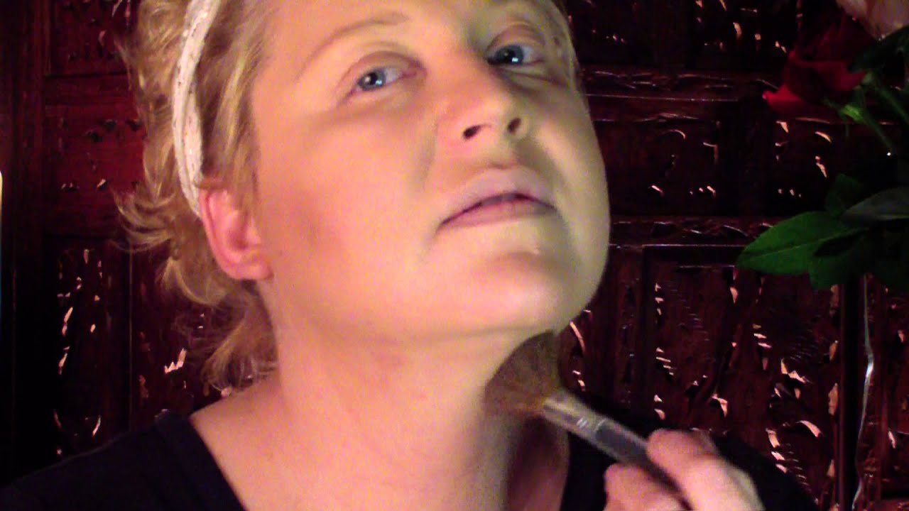 Slim your jawlinelose the double chin look much thinner youtube ccuart Image collections