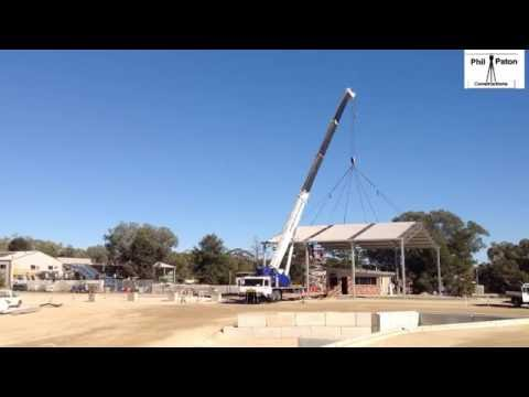 Timelapse of Shed at Inverell Land fill Lift wth 60 tonne crane