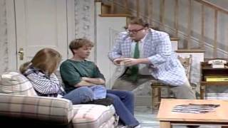 vuclip Matt Foley Motivational Speaker- I live in a van down by the river
