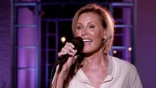 Dana Winner - Chasing Butterflies (LIVE From My Home To Your Home)
