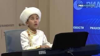 Слепой мальчик спел о стойкости на презентации клипа