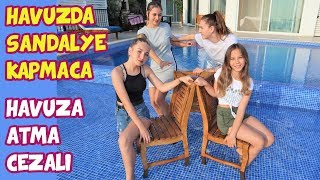 Playing Musical Chairs in the Pool - Funny Kids Video