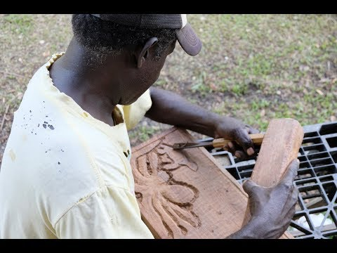 Wood Carver from Bougainville | Papua New Guinea
