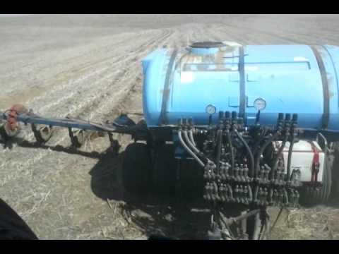 Ag Leader Versa Geosteer auto steering Case IH tractor & applicator
