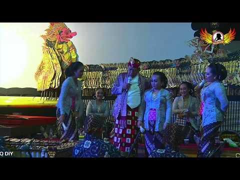 Yu Prastiwi, Tatin, Elisha  vs Mbah Oto (Marwoto) - Liwung