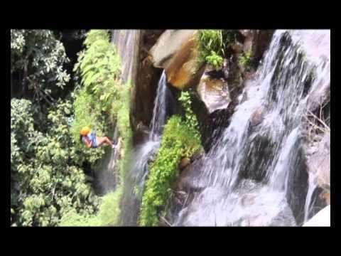 Mundo Aventura Travel // Trekking - Rapel a la cascada de Huanano