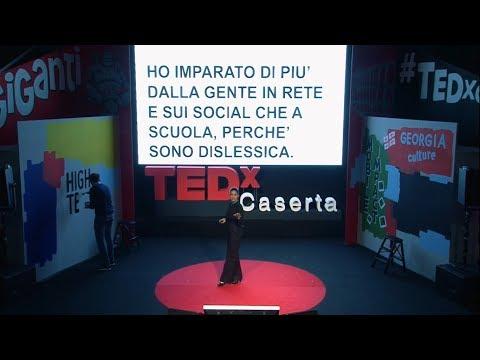 Andrea Delogu e la sua storia di dislessia
