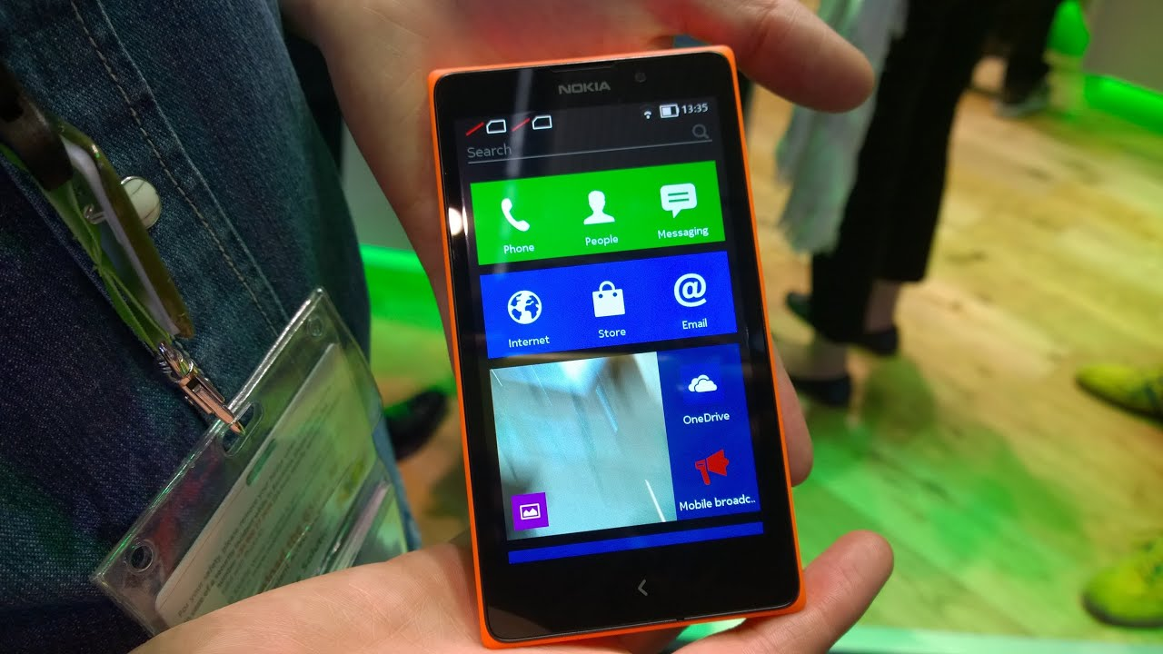 Nokia xl hands on dual sim youtube nokia xl hands on dual sim reheart Images