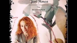 Watch Tori Amos Ireland video
