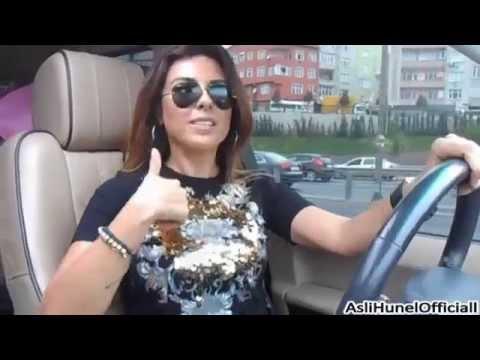 ASLI HÜNEL - İstanbul trafiğinde :)