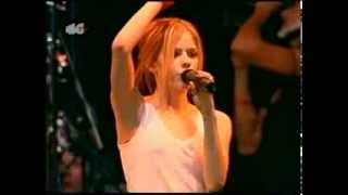 Скачать Avril Lavigne Live In Madrid Spain 07 09 2004
