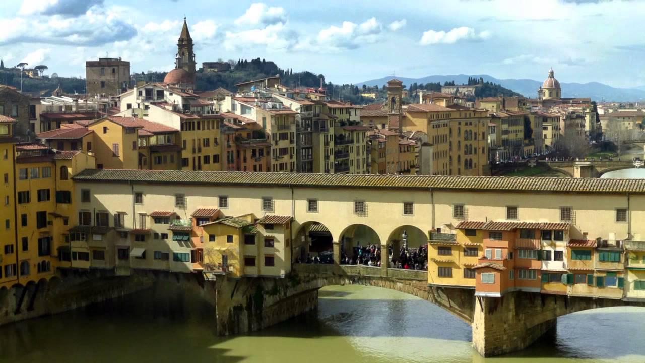 Firenze uffizi il corridoio vasariano florence the - Il tappeto del corridoio ...