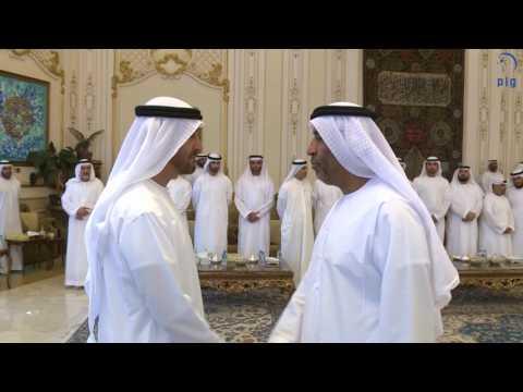 محمد بن زايد يستقبل رؤساء بعثات الدولة في الخارج